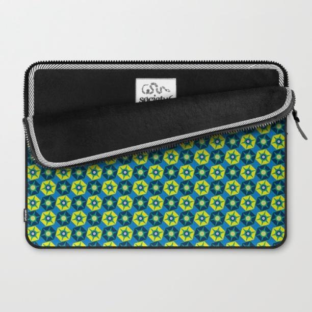 geo-estrellas-ii-laptop-sleeves-1